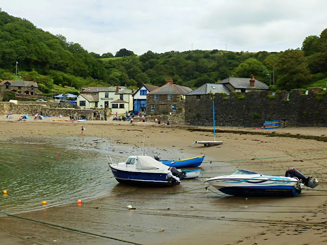 Polkerris Harbour and boats