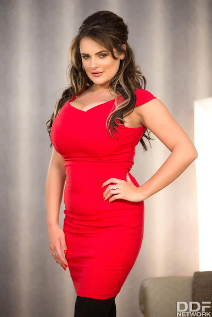 Katie Thornton big boobs sexy figure red dress