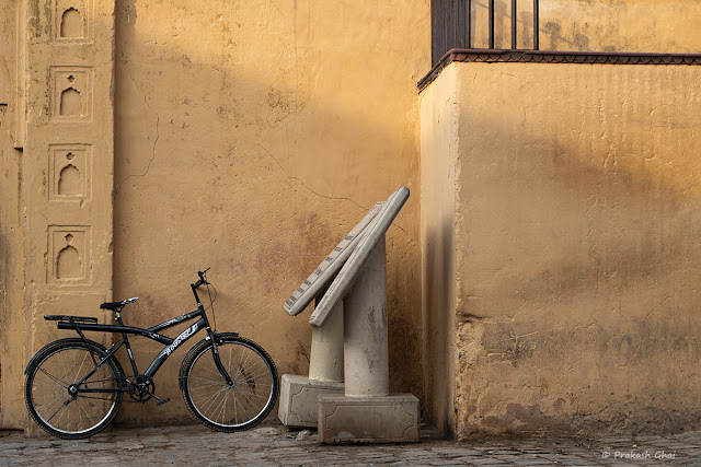Minimalist Photo of a Bicycle at Amber Fort - Jaipur