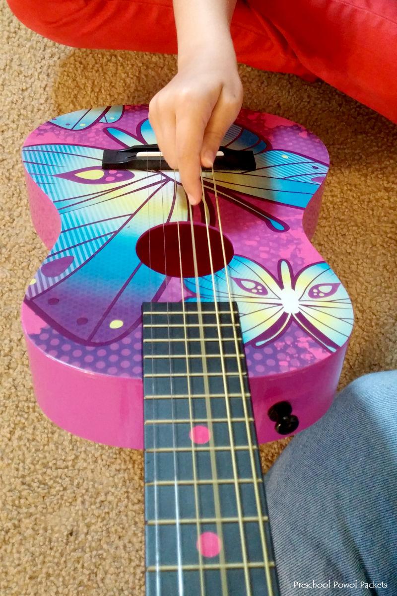 sound science experiments vibrations violins preschool powol packets. Black Bedroom Furniture Sets. Home Design Ideas