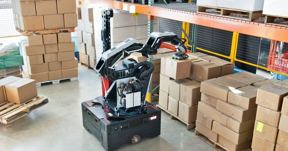 Boston Dynamics Introduces Stretch: A New Robot For Moving Boxes