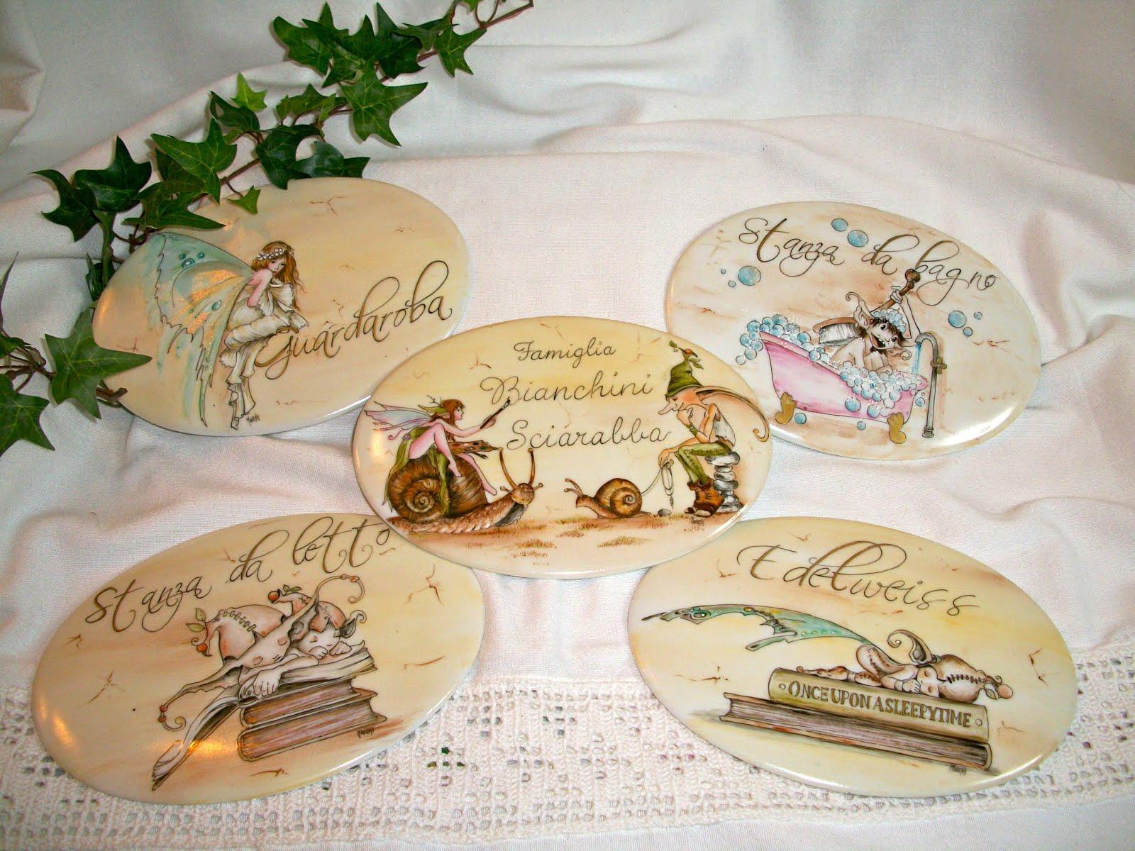 Targhette Per Porte In Ceramica.Le Porcellane Di Morena Targhette In Porcellana