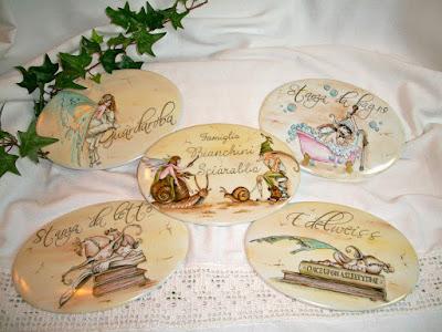 targhette in porcellana dipinte a mano