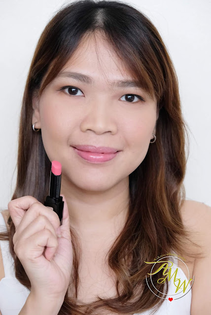 a photo of Kanebo Moisture Rouge Hydration in Sweet Pink review by Nikki Tiu of www.askmewhats.com