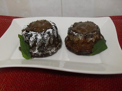 Bizcochitos coulants de caqui y chocolate sin lactosa