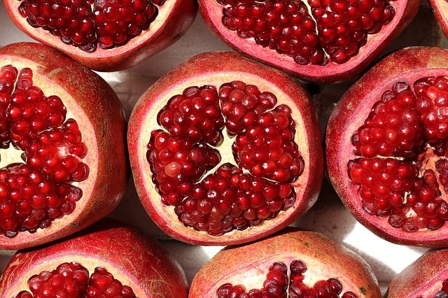 Can Dogs Eat Pomegranate Seeds - Can Dogs Have Pomegranate