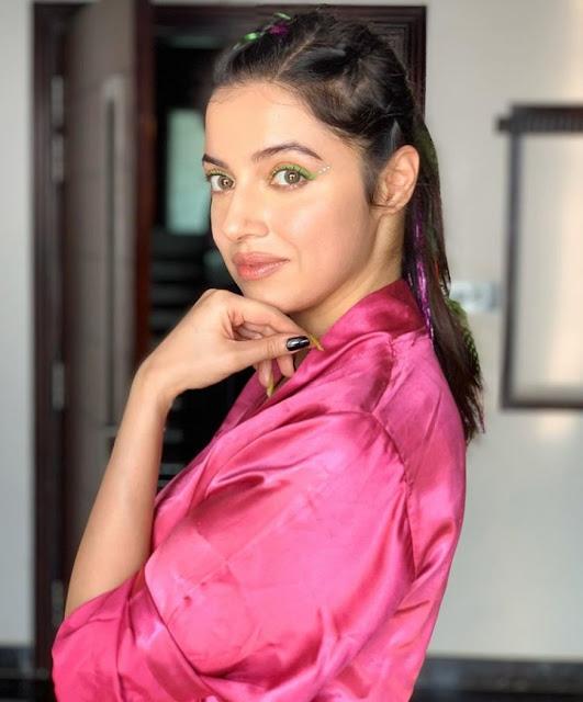 Divya Khosla Kumar Photos