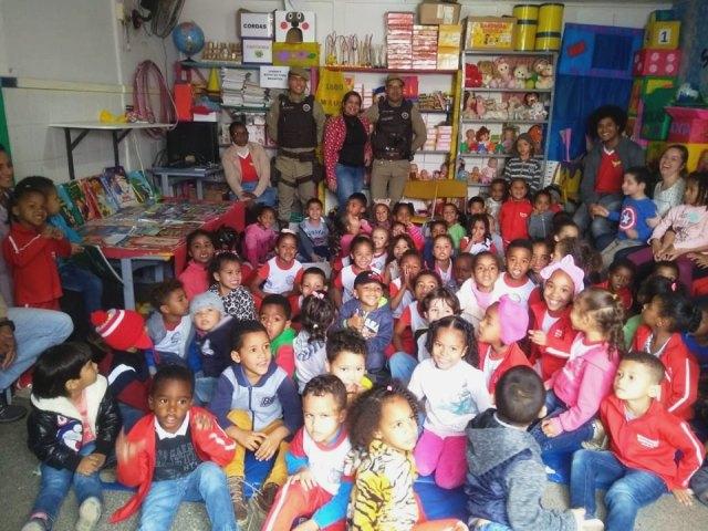 Policiais Militares visitam escolas da rede municipal em Ibicoara