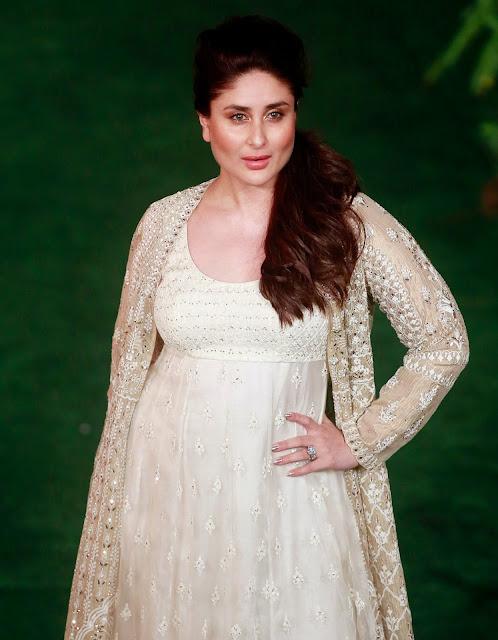 Kareen Kapoor Khan at Lakme Fashion Week 2017