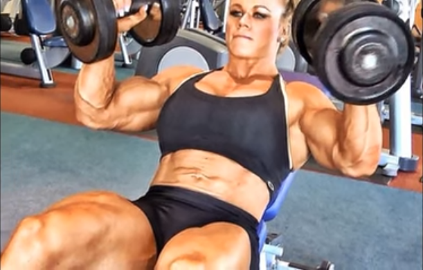 Clip Female bodybuilding, strong biceps and triceps bodybuilding babes