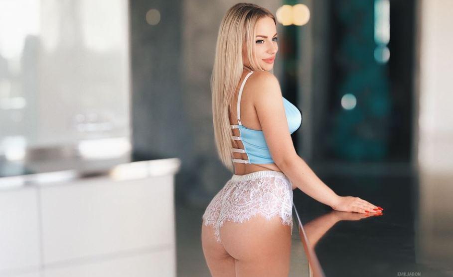 EmiliaBon Model GlamourCams