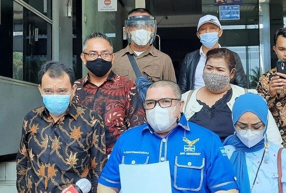 Info: Razman Arif Mundur dari Kubu Moeldoko!