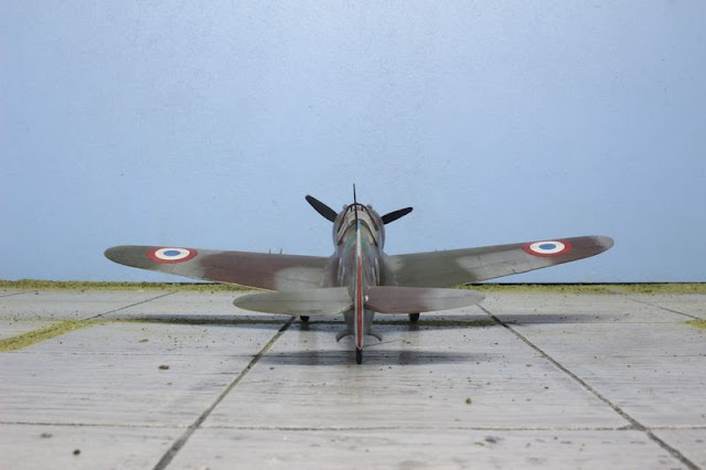 Maquette du Curtiss H-75A Hawk d'Academy au 1/48.
