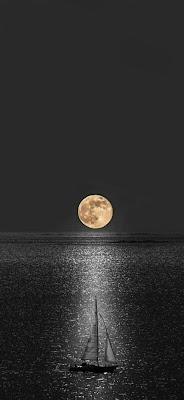 خلفيات قمر للايفون خلفيات القمر والبحر خلفيات قمر وبحر خلفيات القمر والنجوم خلفيات ضوء القمر الساحره اجمل منظر للقمر خلفيات ليليه روعه خلفيات قمر و ليل للهواتف الذكية الايفون والأندرويد
