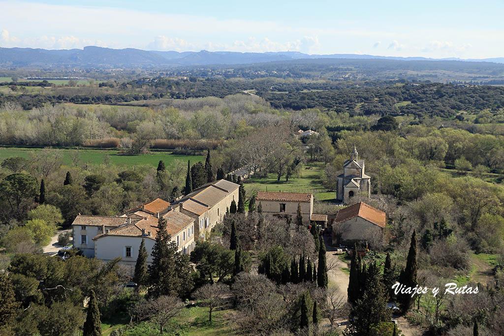 Vistas de la torre del homenaje Abadía de Montmajour, Arles