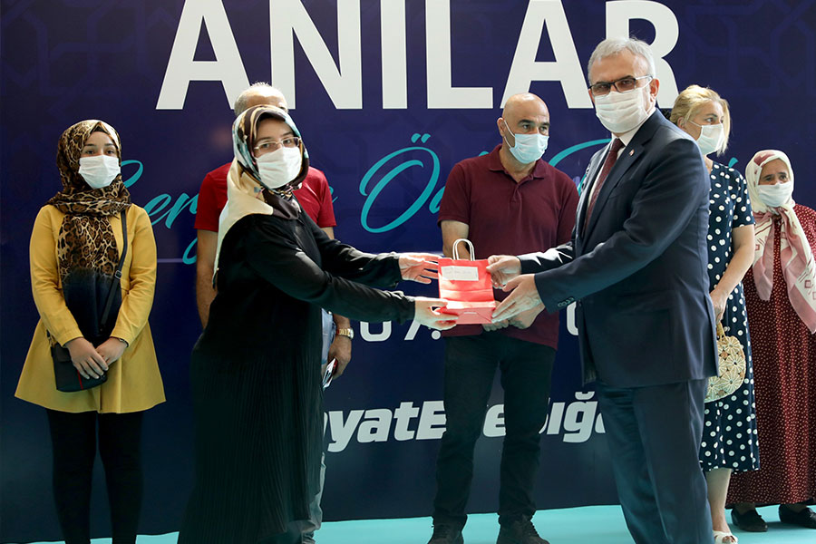 Diyarbakır Valisi Münir Karaloğlu'ndan salgın uyarısı