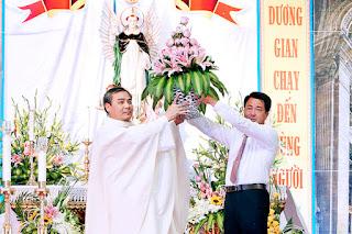 Giáo họ Vinhsơn Kiên Lao mừng bổn mạng