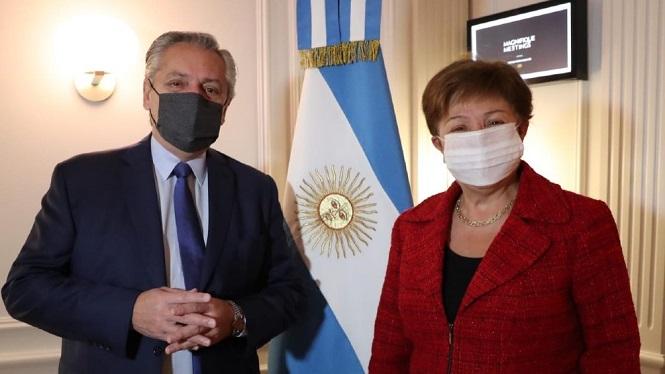 """Fernández con Georgieva: una reunión """"muy constructiva"""" que allana el camino a un """"rápido"""" acuerdo"""