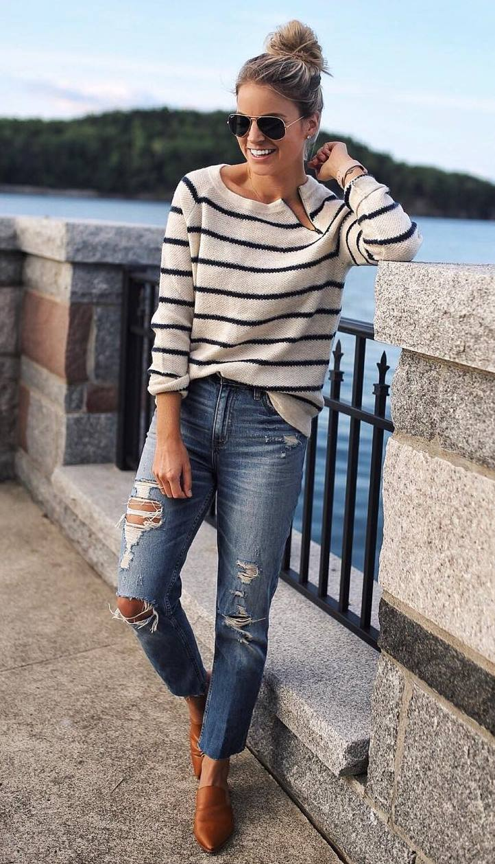 comfy look / striped sweater + rips + brown loafers