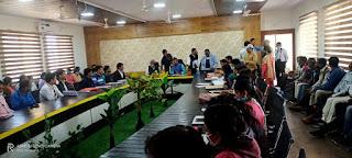 आयुष मंत्री रामकिशोर नानो कावरे ने ली आयुष चिकित्सकों की बैठक