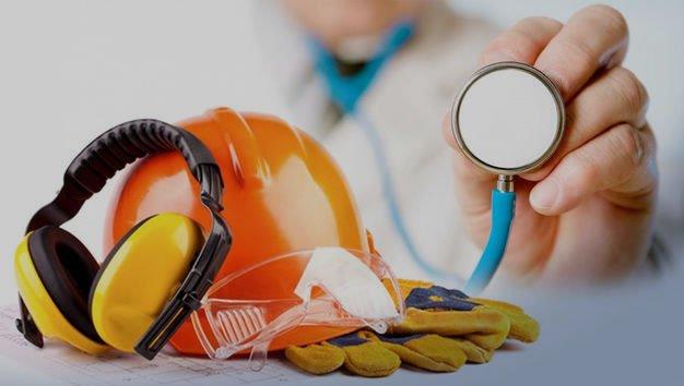 Técnico em Enfermagem e Fonoaudióloga