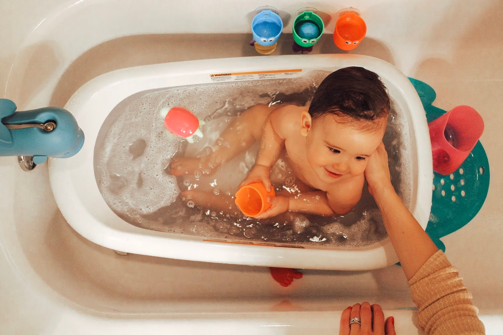 Mama Must-Have: The OXO Tot Splash + Store Bathtub