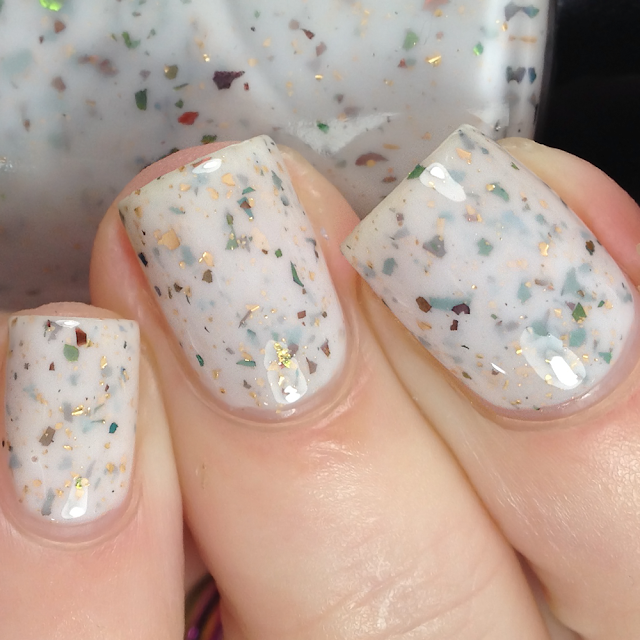Pahlish-Casse Noisette
