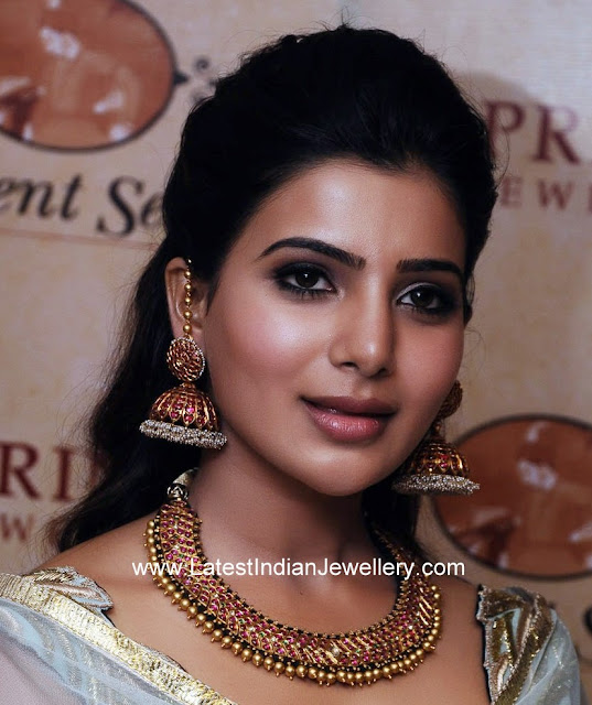 Samantha Ruby Jhumkis Addigai