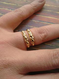 anéis aparador em ouro 18K