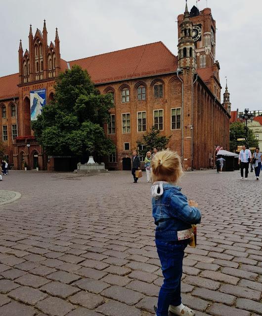 Toruń- polecany nocleg i restauracje dla rodzin