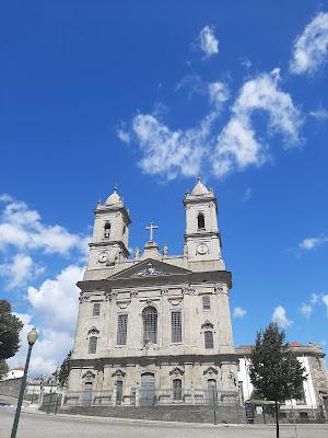 Fachada da Igreja da Lapa no Porto