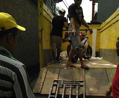 Eksepdisi Kirim Motor Tulungagung Jakarta