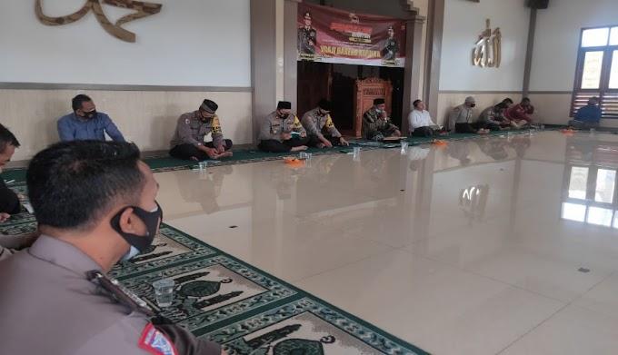 Polres Serang Gelar Ngaji Bareng Kapolda di Masjid As Salam Polres Serang