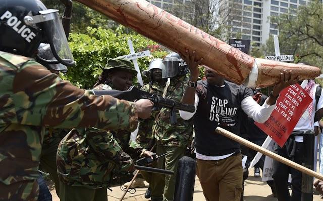 Danger and uncertainty in Kenya after Supreme Court overturned election victory of President Uhuru Kenyatta