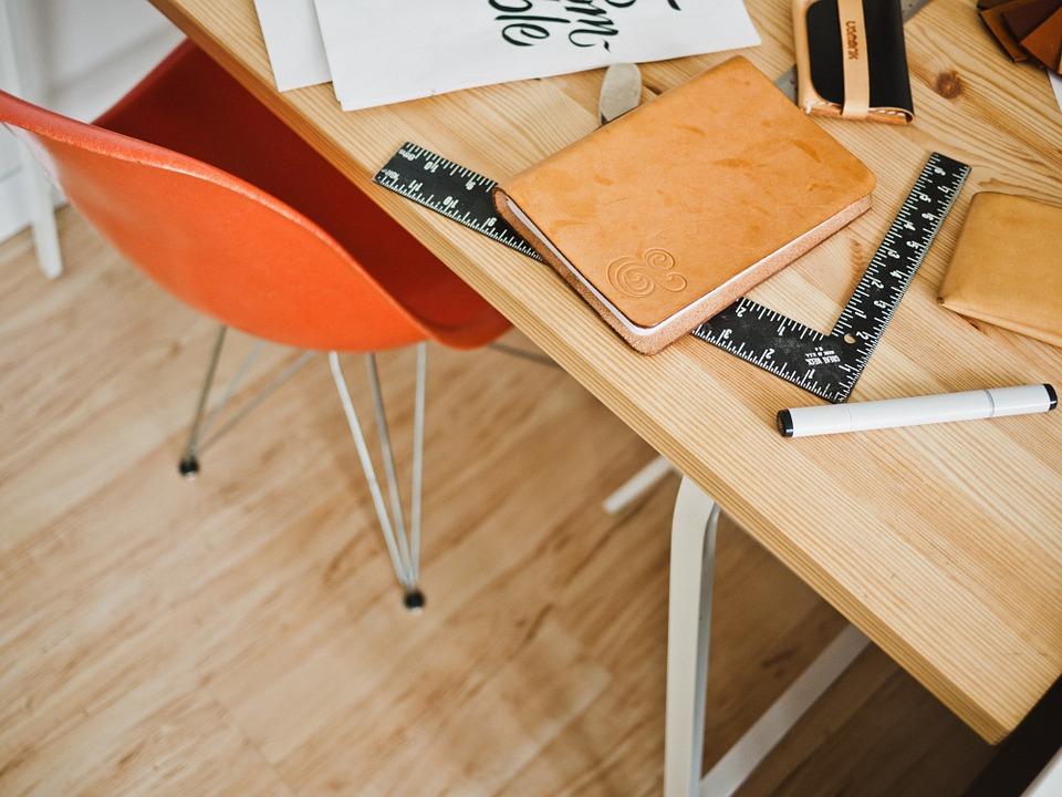 tavolo-legno-fai da te-arredamento