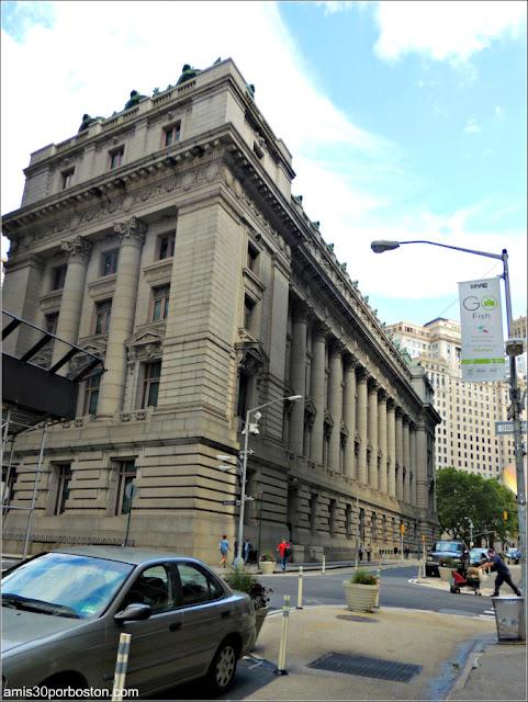 Lateral del Museo Nacional de los Indios Americanos en Nueva York