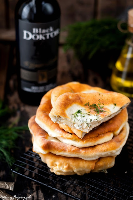 moldawska-placinta-z-serem