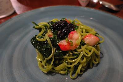 Perbacco, spinach chittara