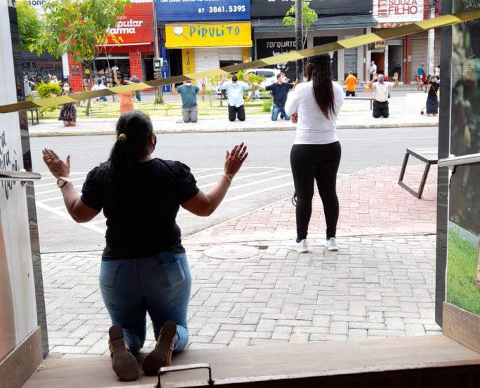 Protesto em Petrolina (PE): Em ato simbólico, pastores evangélicos unem-se aos comerciantes e pedem soluções - Portal Spy Noticias Juazeiro Petrolina