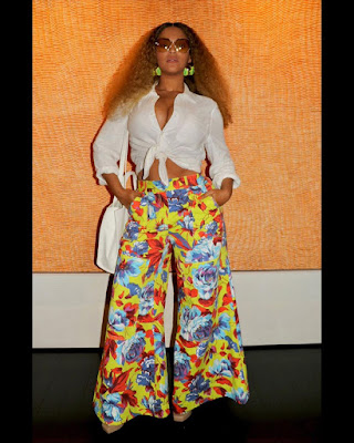 Photo of Beyonce carrying Teflar bag