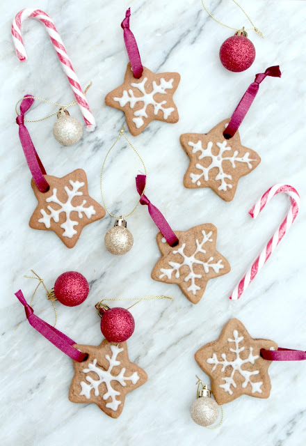gingerbread snowflake tree decorations