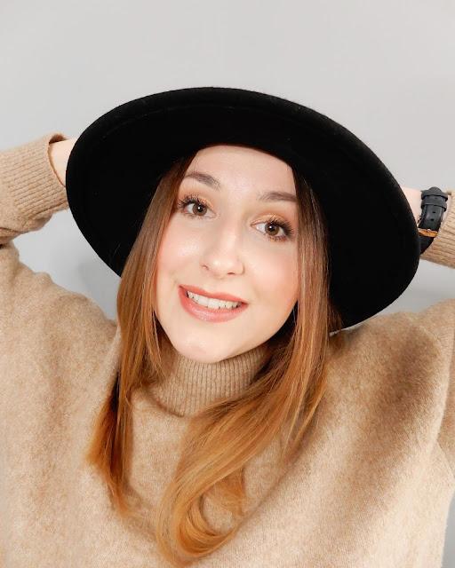 Lily Lolo makijaż mineralny, Lily Lolo makijaż na jesień, makijaż na jesień, naturalny makijaż na jesień,