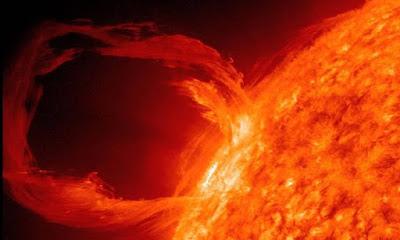 Καταστροφικές ηλιακές καταιγίδες μπορεί να πλήξουν τη Γη – Θα έχουμε μόνο 15 λεπτά για να σωθούμε