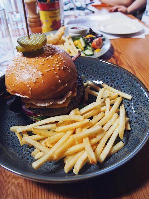 Lunch at Barrabool Maze Estate