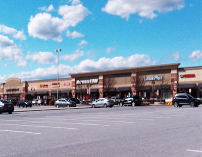 High Pointe Commons Shopping Center in Harrisburg Pennsylvania