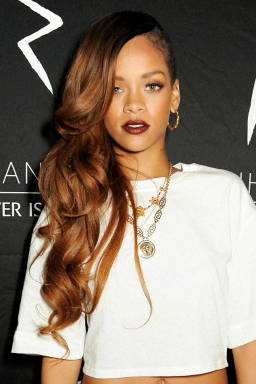 Rihannas Gorgeous Hairstyles The Haircut Web