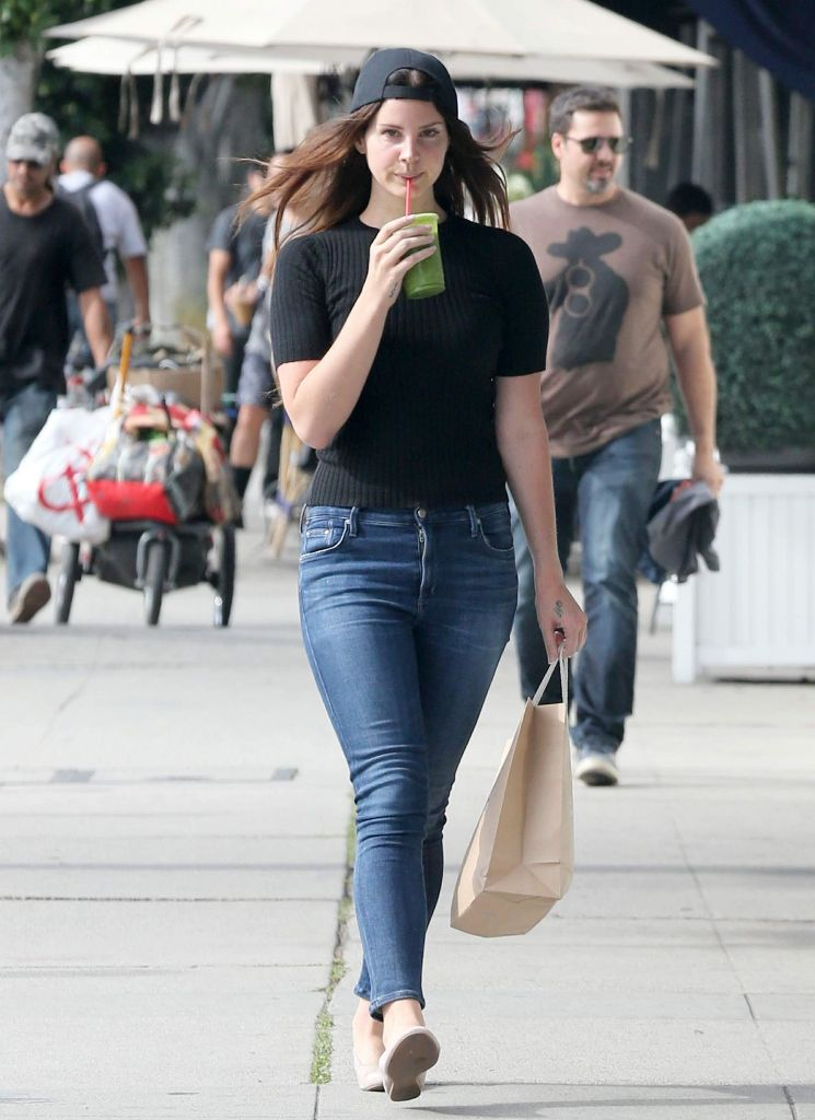 Lana Del Rey Street Style While Shopping in Hollywood