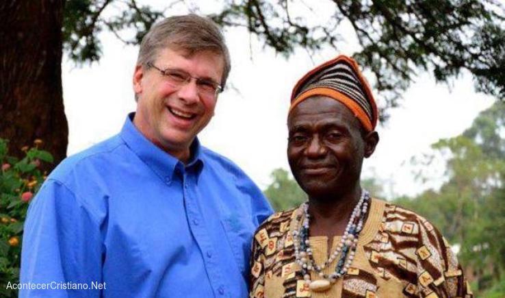 Traductor de la Biblia en Camerún