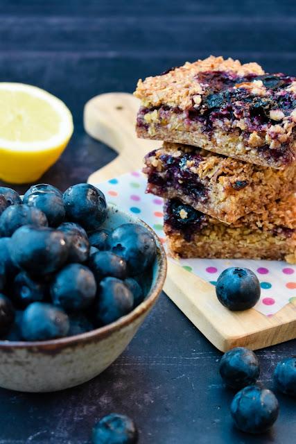 Blueberry & Lemon Oaty Breakfast Bars