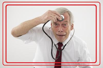 أطباء أمراض نفسية سقطوا في فخ الجنون!